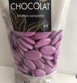 Dragées au chocolat lilas