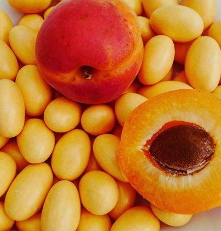dragées à l'abricot