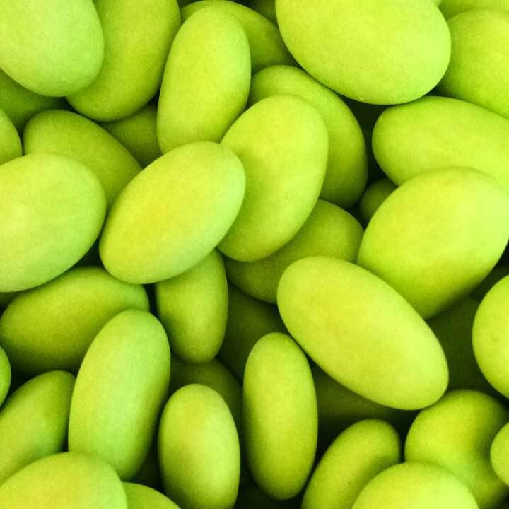 Dragées vertes au chocolat blanc