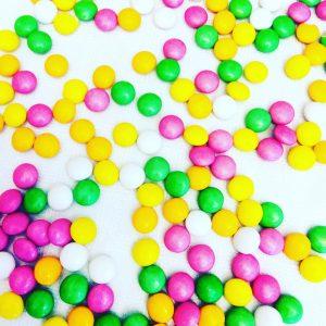 Lentilles de chocolat blanc arômes de fruits 500g