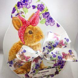 Boîte de chocolats pralinés de Pâques